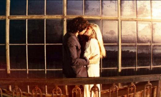 """Imagen de """"Un amor entre dos mundos"""""""