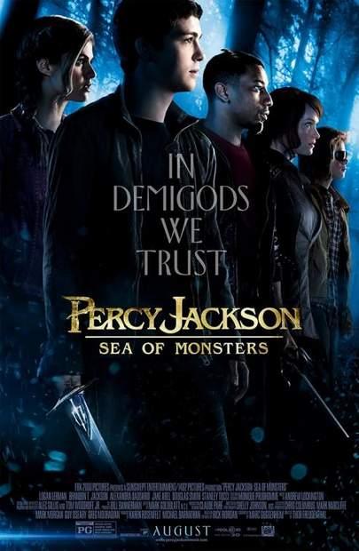 """Póster de """"Percy Jackson y el mar de los monstruos""""."""
