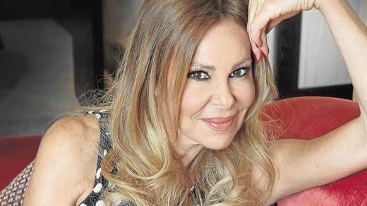 """Ana Obregón en versión de """"Homeland""""."""