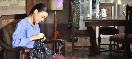 El tiempo entre costuras triunfa en los Premios Iris