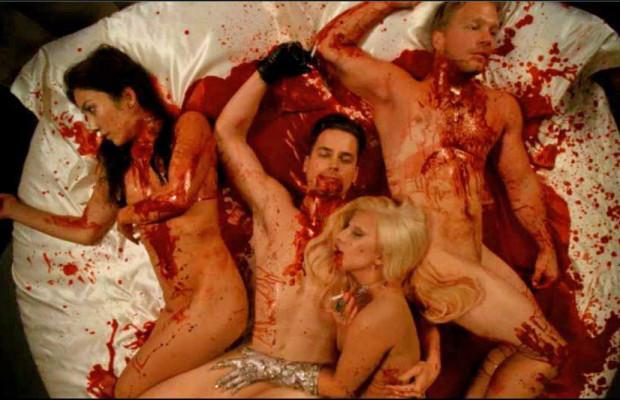 Escena de sexo lésbico de American Horror Story: Hotel
